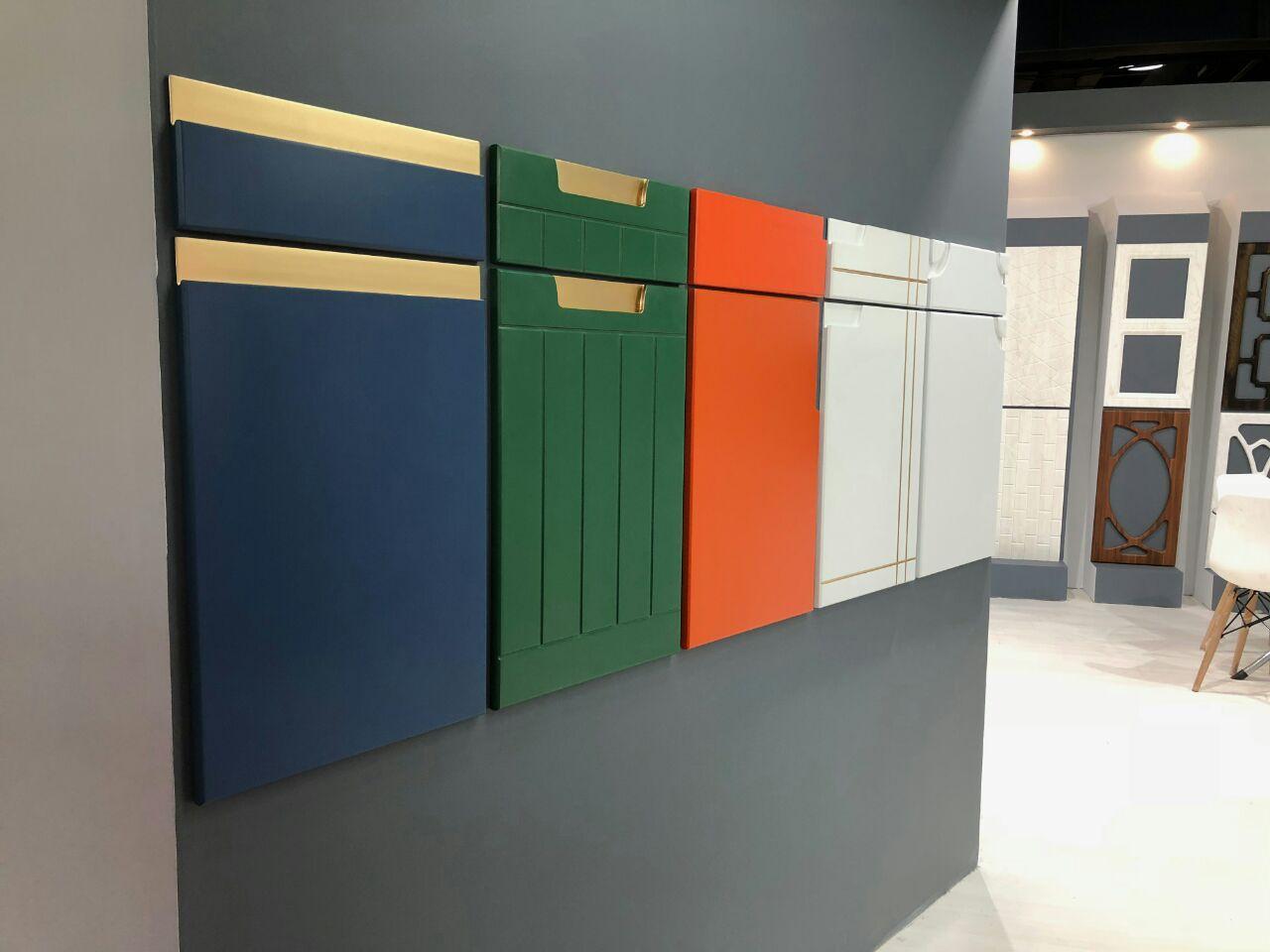 نمایشگاه گالری چوب هنرمند